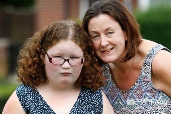 她因罕见疾病,总会觉得饿,曾为拿食物打破家里所有橱子