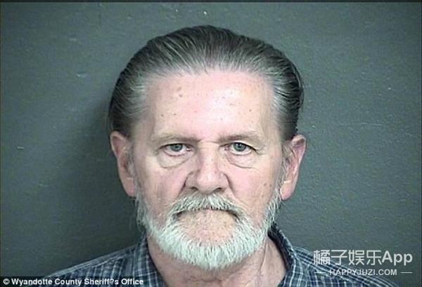 70岁老头抢银行后不逃跑甘愿被抓,只因和老伴吵架说的一句话!