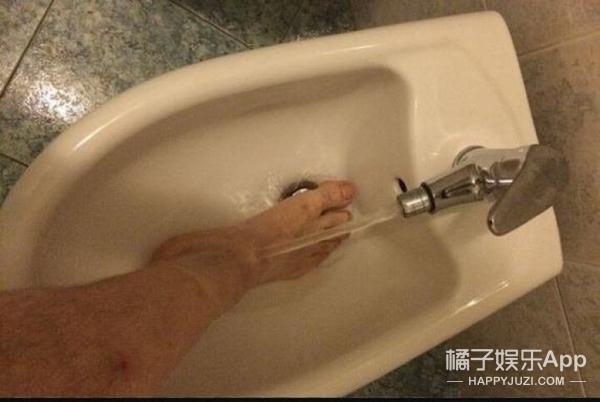 那些让中国人匪夷所思的歪果仁的行为习惯,新加坡这地还能去吗?!