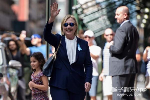 总统的替身不好当:挡子弹、去阅兵,还差点被总统夫人拉上床