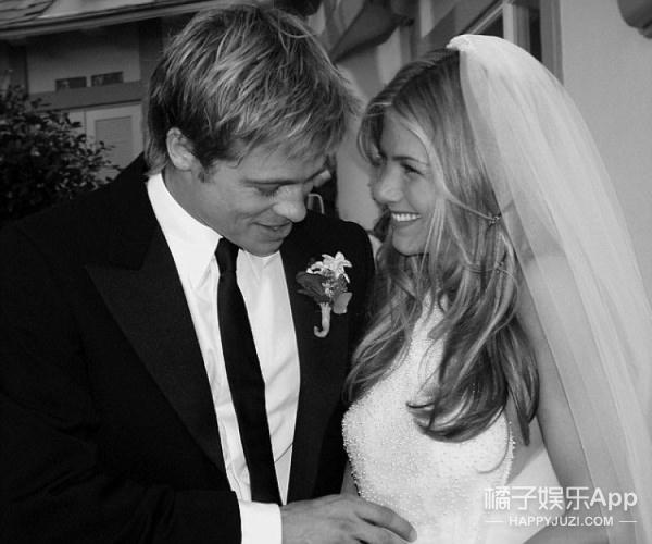 皮特朱莉离婚却被讽,歪果仁居然都在刷前妻安妮斯顿表情包?