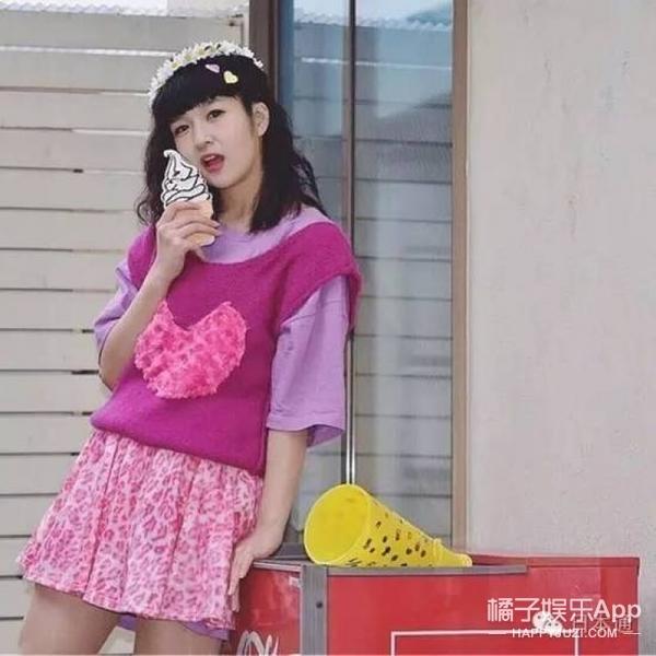 日本少女靠给人P图赚钱,画风有点刺眼