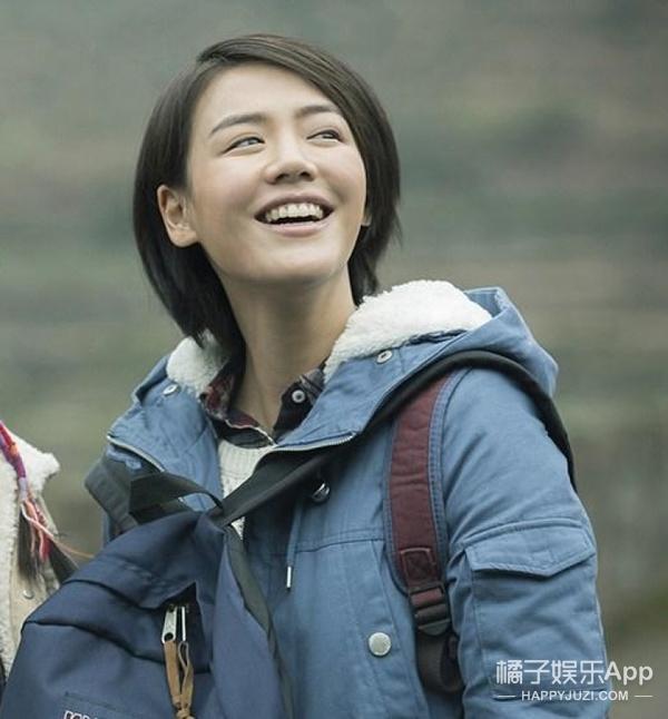 周冬雨不但画画深得老师李易峰真传,她理发技巧也学得不差啊
