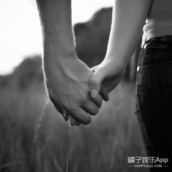 情侣的拉手方式,你都尝试过吗?