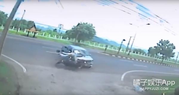 泰国车祸现场,监控竟拍到灵魂出窍的一幕?