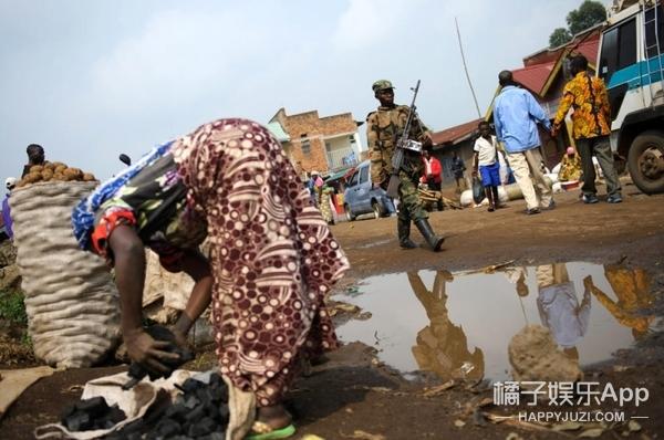 被逼吃掉丈夫的肉,一位被强奸的刚果妇女到底会经历什么