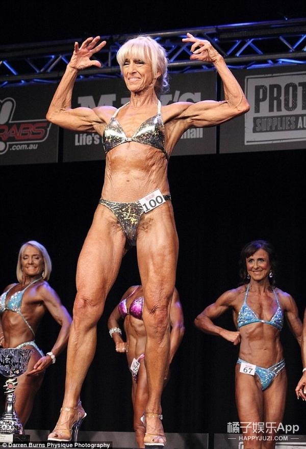 每天早上4:30就去健身房锻炼,70岁奶奶赢得老年组健美冠军