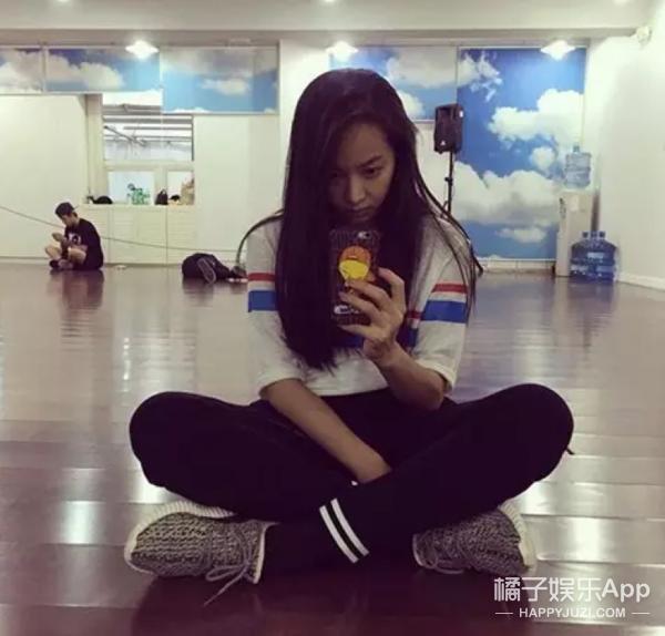 王俊凯赵丽颖宋茜,ta们没成名时的辛酸史你们听说过吗?
