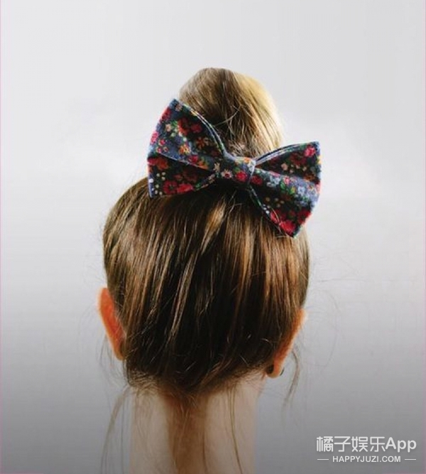 不换发型只换配饰!5毛钱的蝴蝶结发饰也有时尚感!