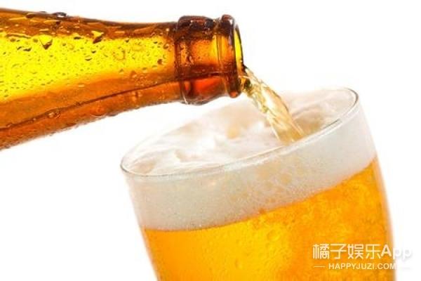 【真相帝】论倒一杯完美啤酒的正确姿势