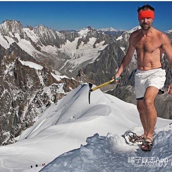 57岁大叔寒冰中待112分体温基本不变,这绝技是怎样炼成的