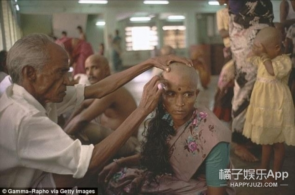 做头发的假发从哪来? 看完再也不想植发了
