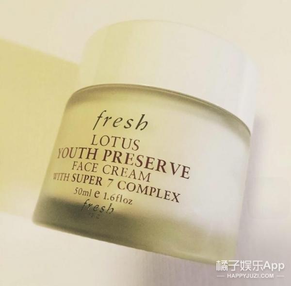 【编辑用啥】白天脸脱皮晚上又偷懒 就问你能不能备一瓶面霜
