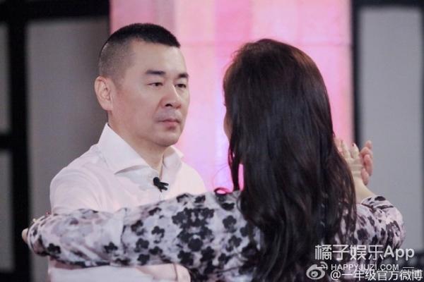 【周末看啥】杨幂黄子韬入伍,热巴快本变表情包,陈楚河被强吻