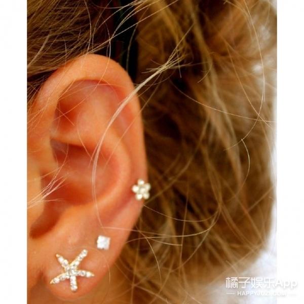 这么戴 | 不嫌多只怕少,我要让耳环占满耳朵!