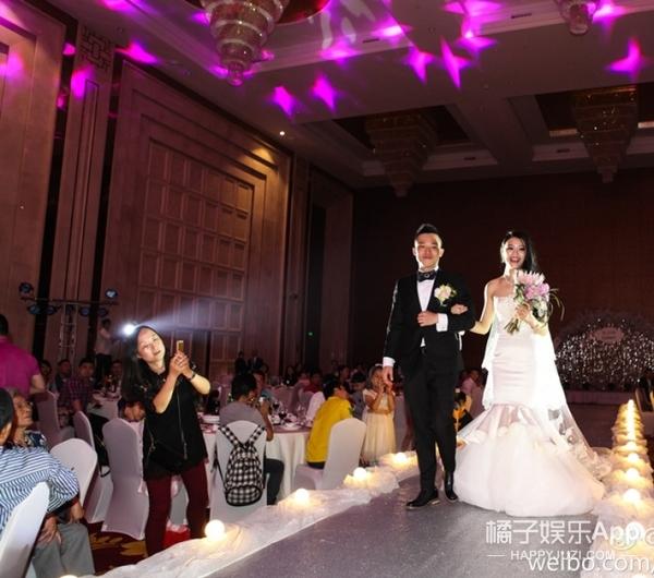 【好久不见】《十八岁的天空》里的唐宋,居然都结婚了!