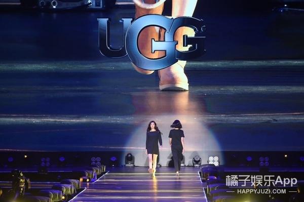 让袁姗姗、范玮琪走秀,李宇春唱歌!天猫这场盛典堪称时装周现场啊!