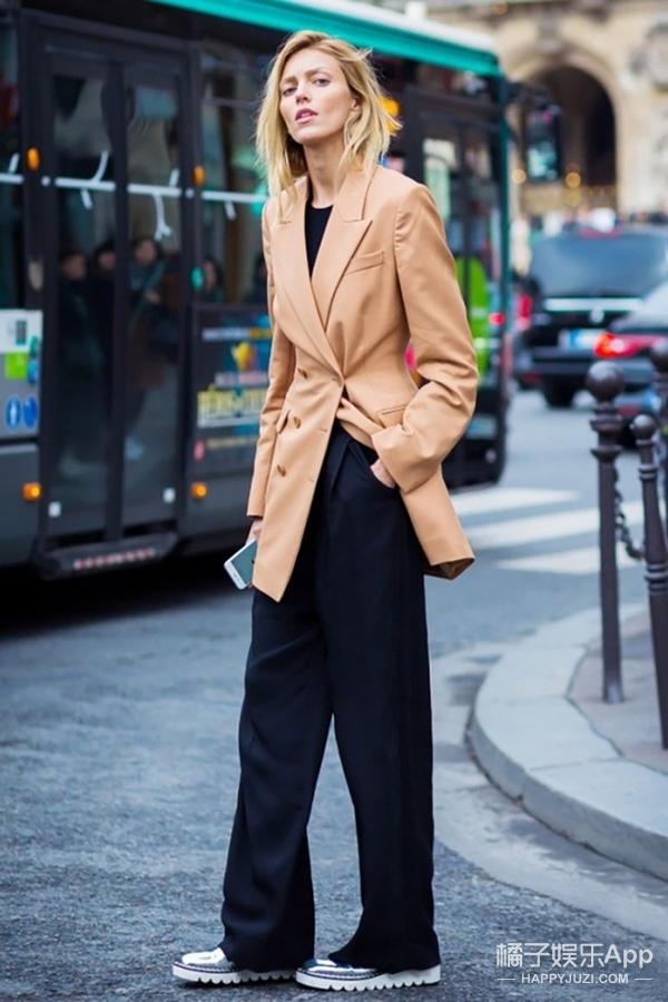 【穿衣MorningCall】都说驼色跟秋冬最配,但你确定会搭?