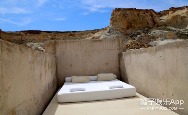 △Amangiri酒店套房三面用来防风的墙