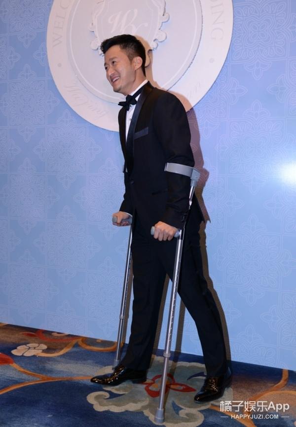 吴京拍《战狼2》突发心悸送进医院!不是和谢楠说好不拼了吗?