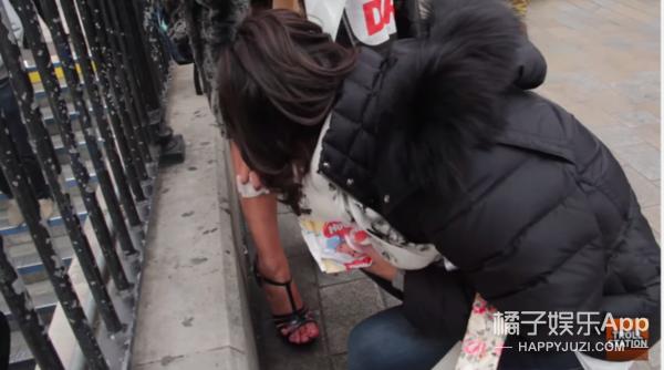她在街头借卫生棉,血崩的瞬间所有人都震惊了
