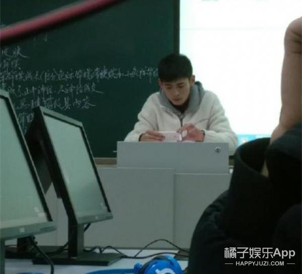 大学解剖课帅老师走红,这不就是现实版江直树嘛!