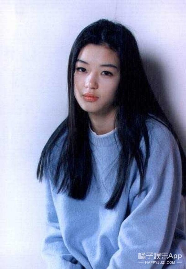青春若有张不老的脸,但愿她永远不被改变,全智贤生日快乐!
