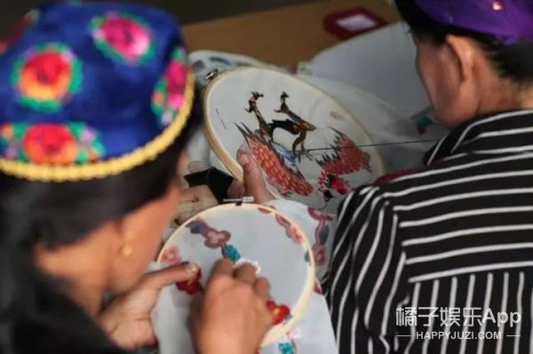 """吴昕呼吁大家关注""""中国疆绣"""",这份即将遗失的美好的确需要保护!"""