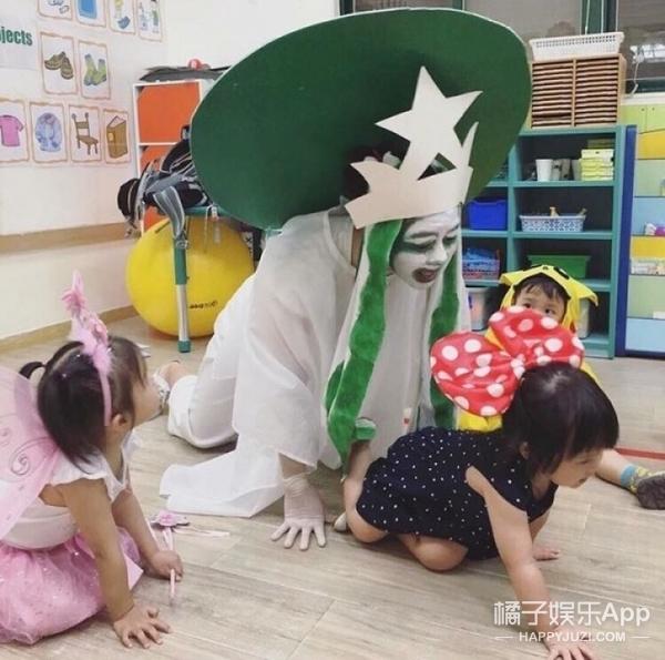 幼稚园女老师化身星巴克女神,网友:我只想买杯咖啡
