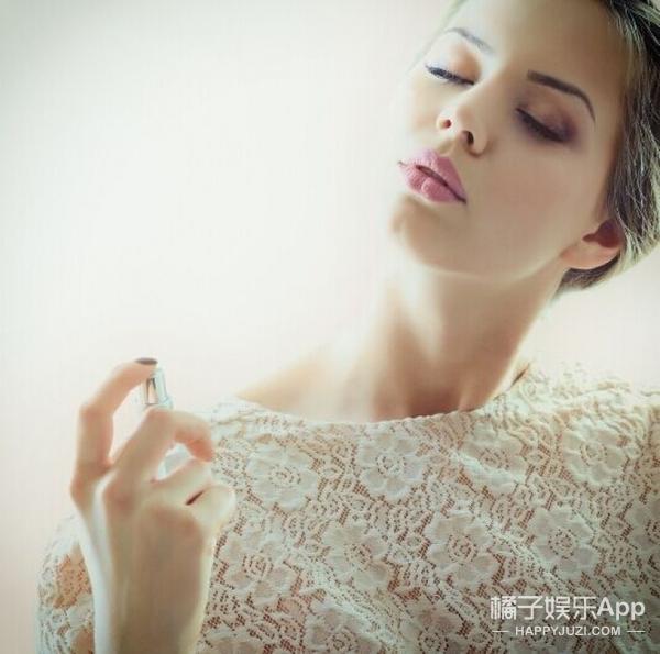 喷香水也有技巧 这5个就是女生最常犯的错误!