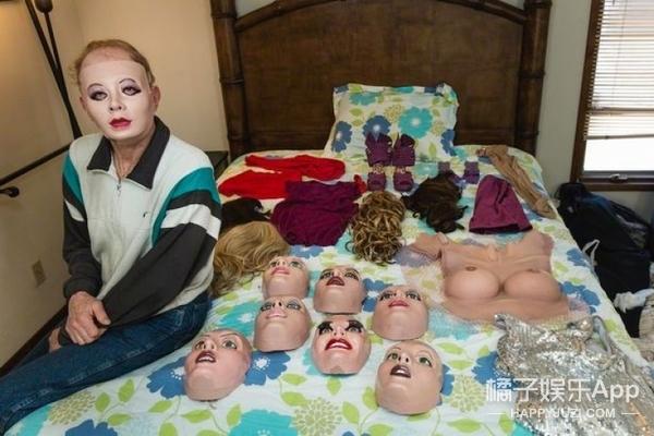 比充气娃娃更真实的是橡胶娃娃