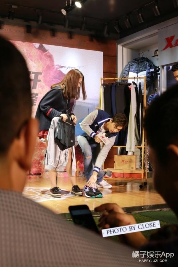李易峰一言不合就怼粉丝:穿裤子的都给我脱了?