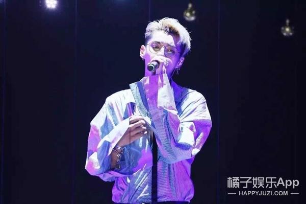 吴亦凡26岁生日会实录 | 他知道你要什么,不过他更清楚自己要什么!