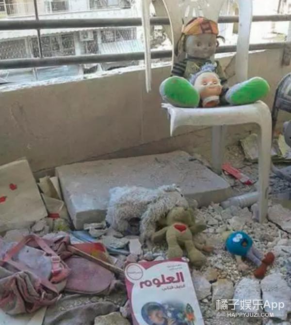 """叙利亚7岁""""女主播"""" 每天直播战争"""
