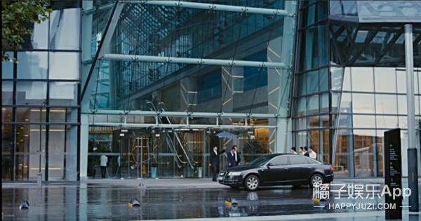 我们找到了影视剧中最大方的男票,双十一清空购物车就靠他了