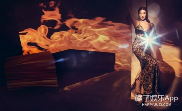 表姐刘雯最新的La Perla广告片出来啦!可这P得都有点不像她了?