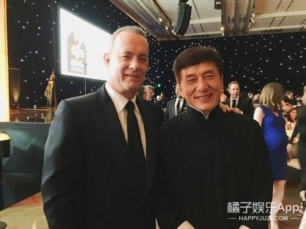 成龙领取奥斯卡终身成就奖!激动到数次忘词,因是中国人而骄傲!