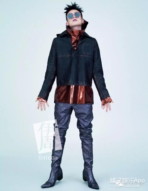 欧豪登上《伊周》停刊前倒数几期封面,拿鼻孔对镜头还能拍这么帅也是服!