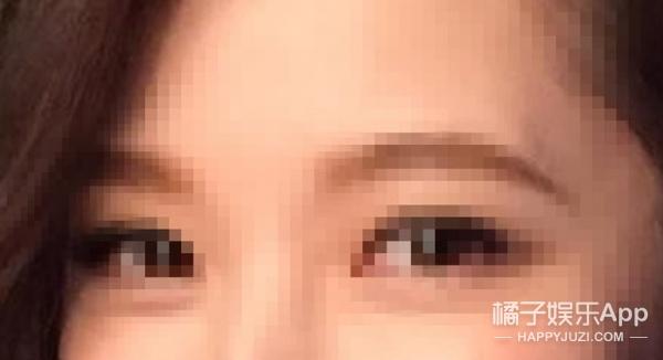 【娱乐早报】靳东儿子睫毛成精  黄子韬杨幂新戏CP感强