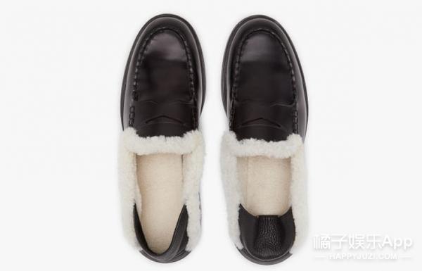 """出门""""秀恩爱"""",权志龙和太阳的情侣鞋太抢镜啦!"""