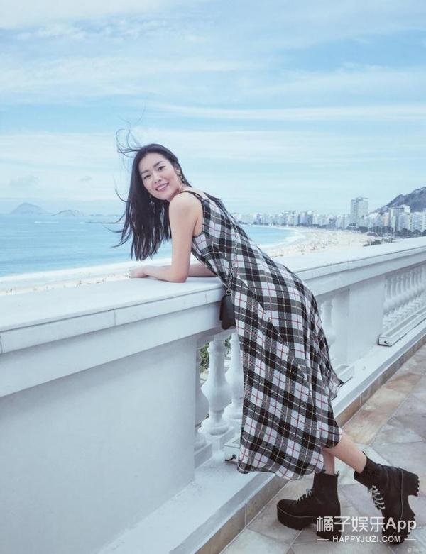 """刘雯的2016年:代言、走秀、红毯、拍摄忙不停,今年的""""时尚三好生""""非她莫属!"""