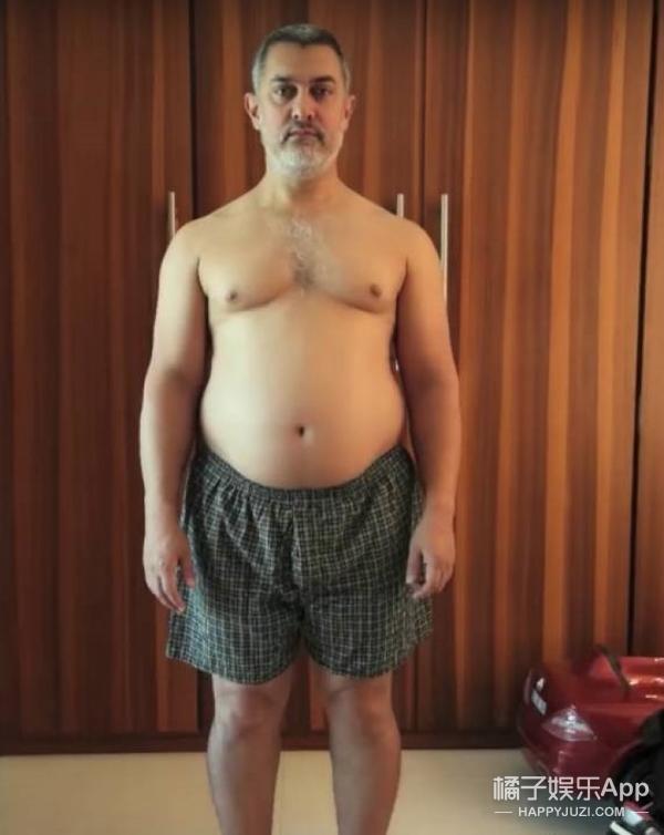"""演技派必经之路!51岁""""印度吴彦祖""""把养出来的30公斤赘肉全减光!"""