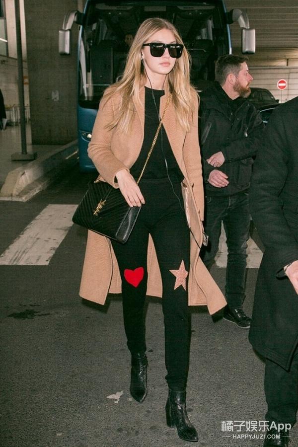 Gigi的新宠裤子品牌,原来是做手机壳呢!