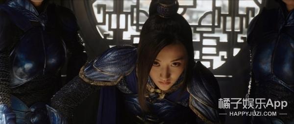 如何在《长城》里找到仅出现4秒、5个镜头的陈学冬,不眨眼呗!