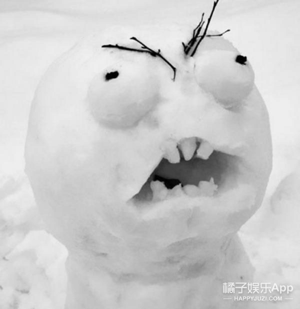 看到歪果仁堆的雪人,又被突突了一片脑洞!