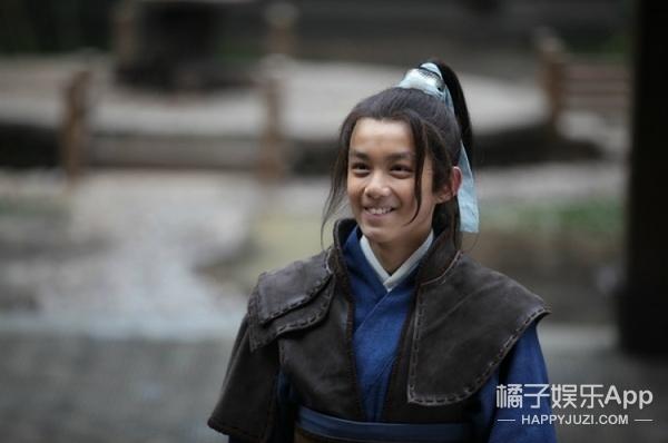 【今天TA生日】吴磊:17岁没有雨季