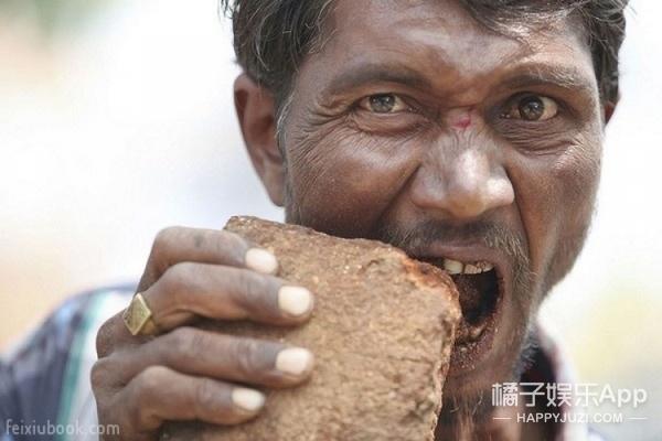 21岁女孩热爱吃土,14年吃土5000斤