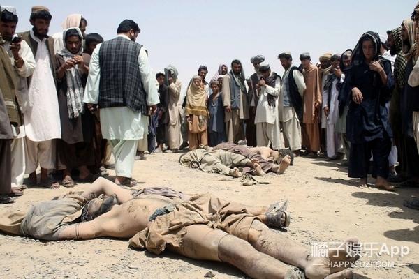 只因去买菜没有男人陪同,阿富汗女人就被当场砍头…