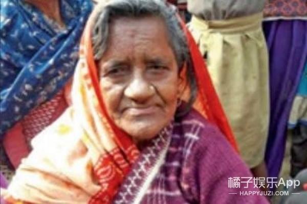 40年前的她被蛇咬死水葬恒河,现在竟然活生生的回来了~