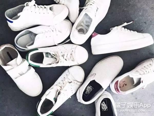 """国外流行清洗""""小白鞋""""最简单粗暴的方法——扔洗衣机里!"""